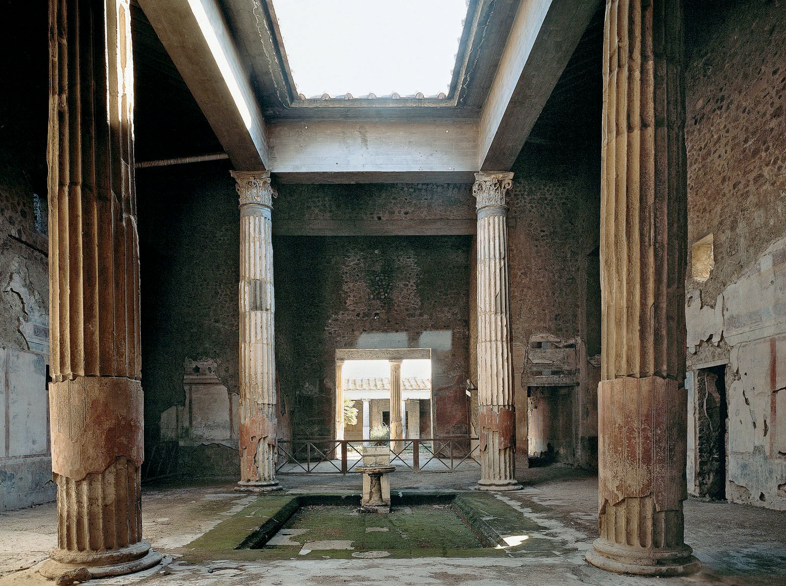 The typical roman aristocratic house and public imitation What is an atrium in a house
