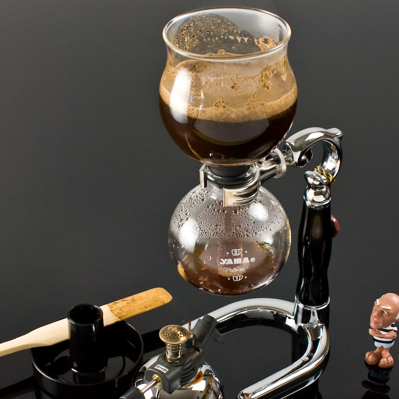 Using A Siphon Coffee Maker