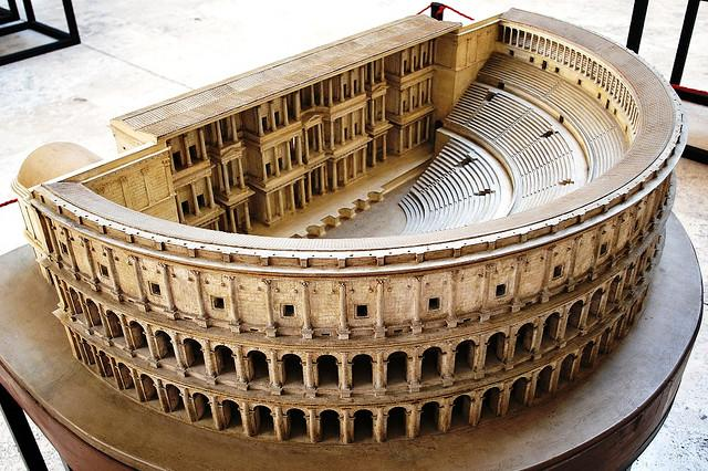 Technology and Revolution in Roman Architecture