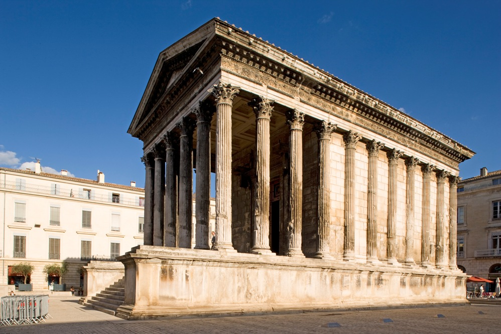 Overview of the Primary Typologies and History of Roman Architecture