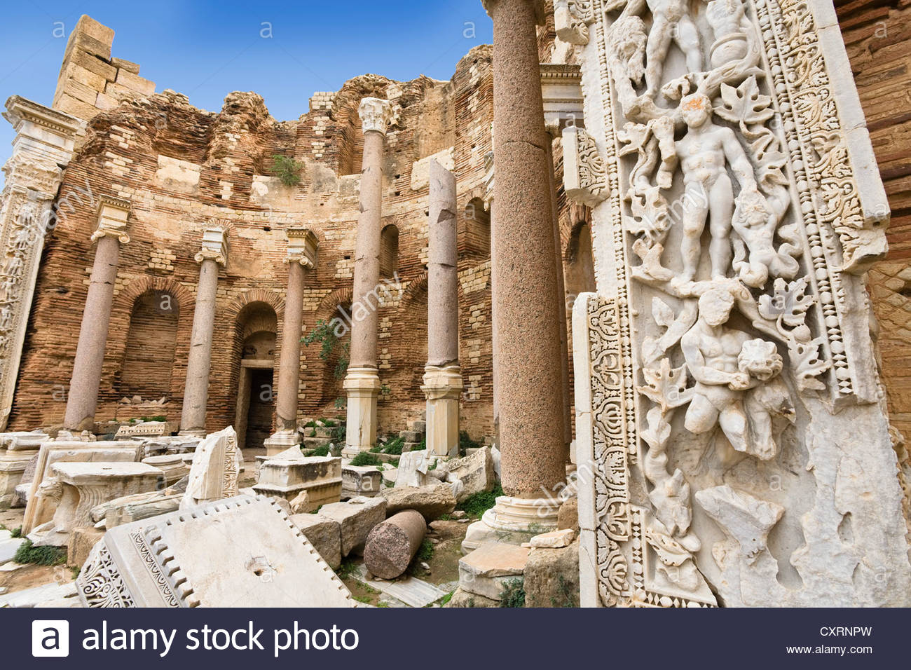 timgad and leptis magna  roman art and architecture in