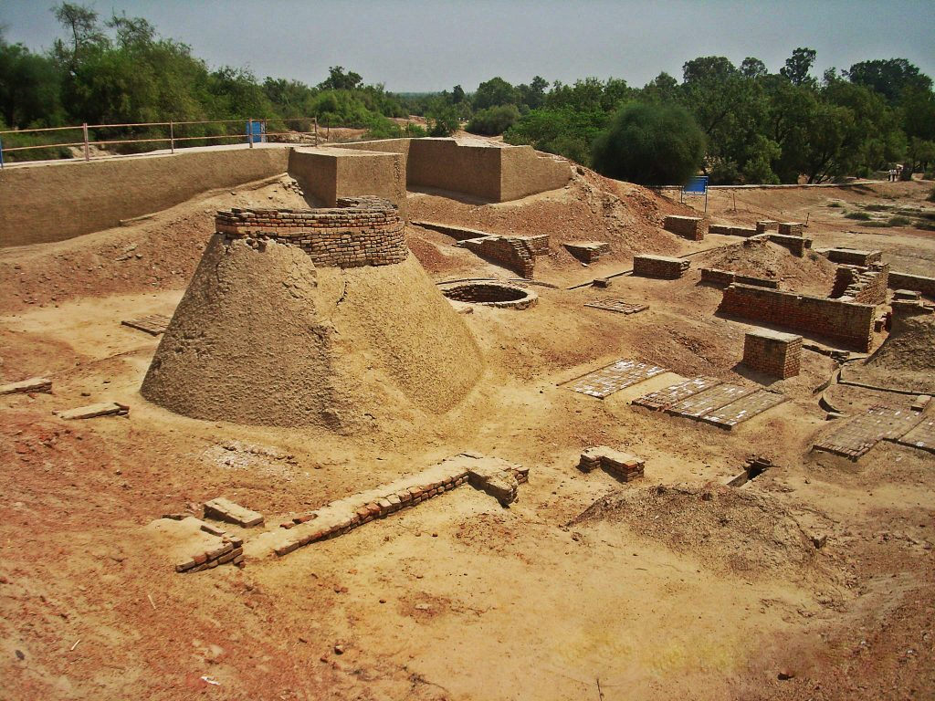 harrapan civilisation Skeletons from one of the world's oldest civilizations—the indus valley or harappan civilization—have been unearthed in india.