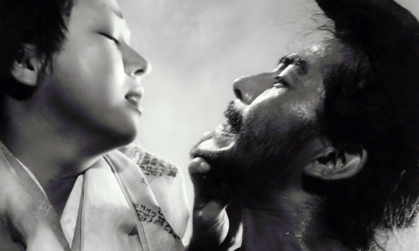 """an outline comparing in a grove with rashomon In a grove 1 """"in a grove"""" rashomon comparison and analysis jenny l wright eng 10323 2 the short story """"in a grove by ryunosuke aktagawa was made into the film rashomon, by famed director."""