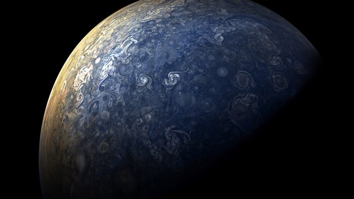 incredible photos of jupiter from nasa s jupiter probe