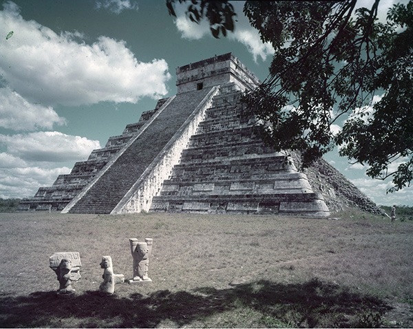 an introduction to the chichen itza one of the greates ruins of the maya Chichen itza mayan ruins is one of the best attractions in cancun take any of our chichen itza tours to discover it's mistic, and magical vibe today.