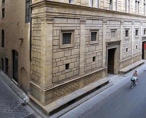 Leon Battista Alberti And The Palazzo Rucellai Of