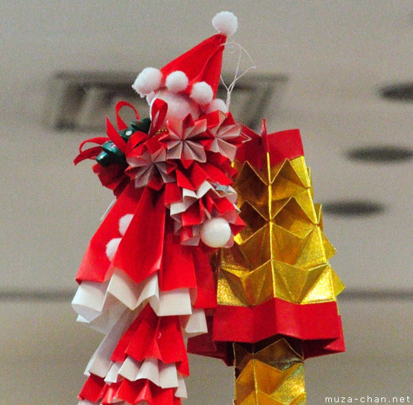 Japanese Christmas Tree Ornaments.Christmas In Japan