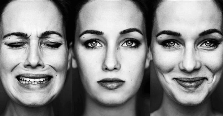 Emotional Intelligence and Emotional Expression