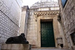 The Tetrarchic Renaissance in Roman Art and Architecture