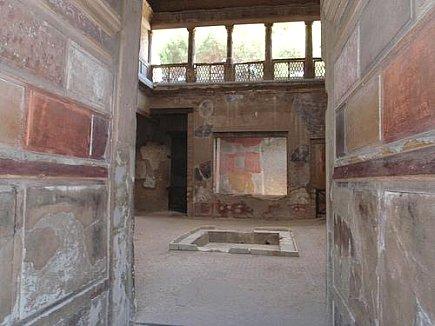 Habitats At Herculaneum And Early Roman Interior