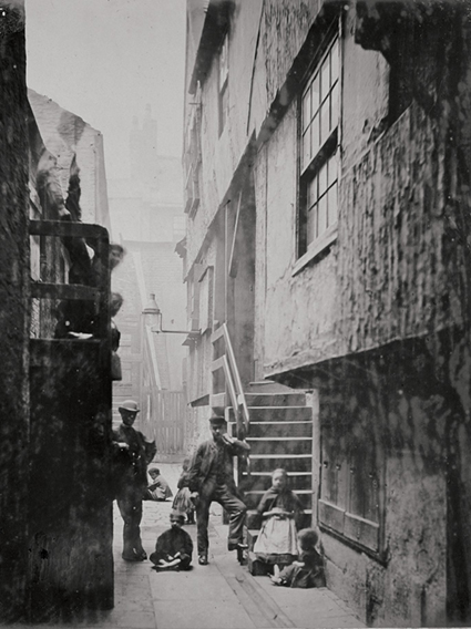 Thomas Annan and 'The Old Closes and Streets of Glasgow ...