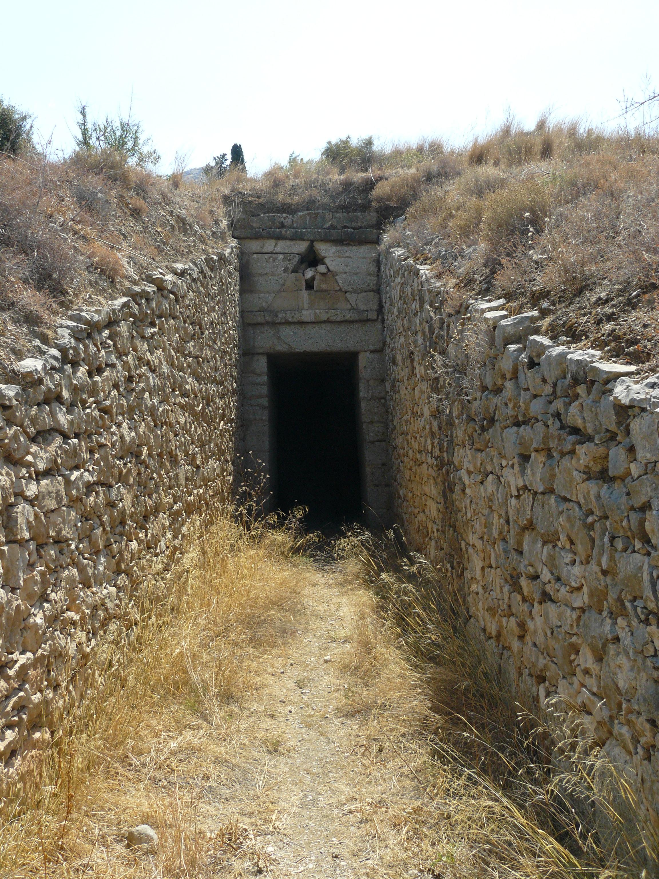 Mycenaean Tholos Tombs And Early Mycenaean Settlements