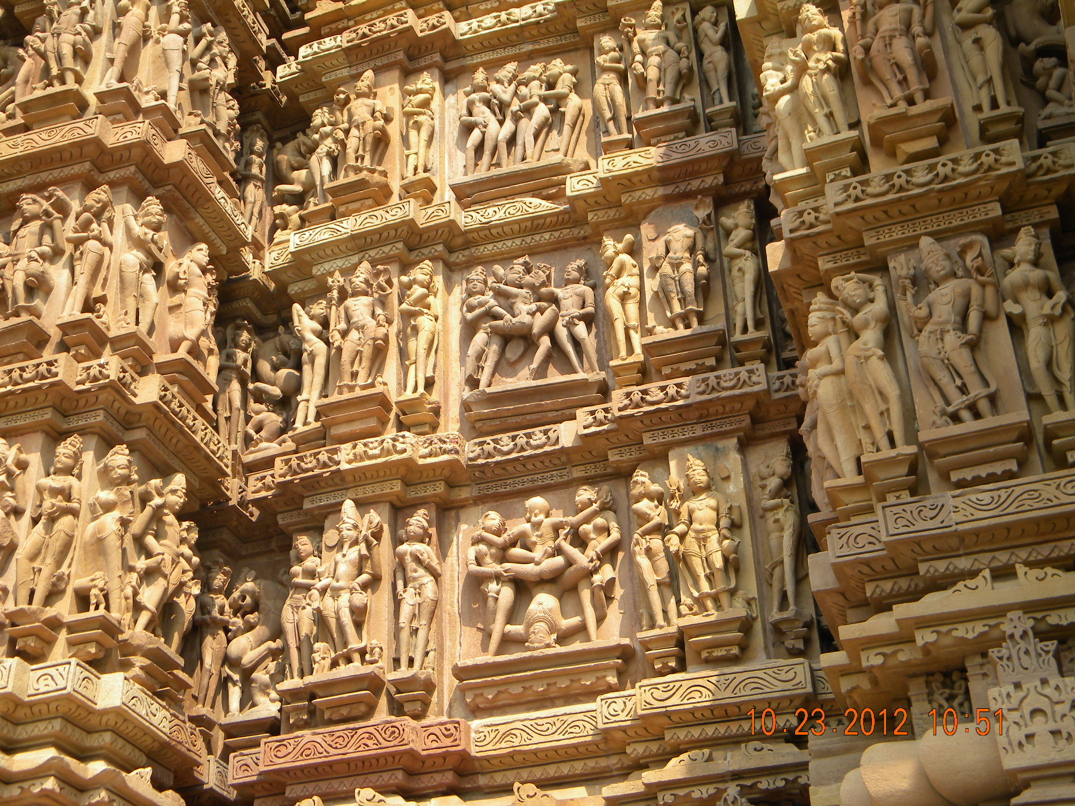 The Sacred And The Sensual Experiencing The Medieval Eroticain Temples Of Khajuraho -7591