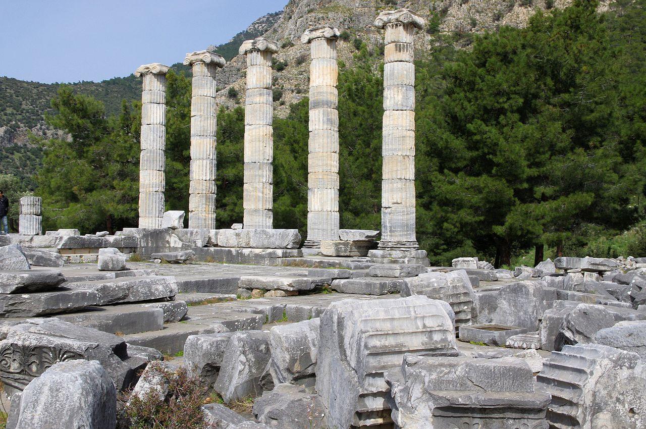 Classical Greek Art Women